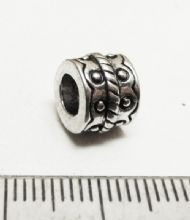Large hole dotted bead 9mm x 7mm with 4mm hole